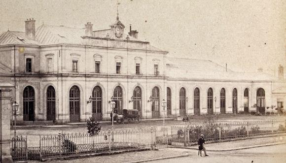 La gare de Rennes en fer de lance