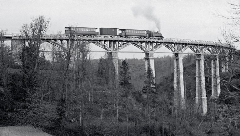 Le monde ferroviaire breton : la vitesse comme idéal