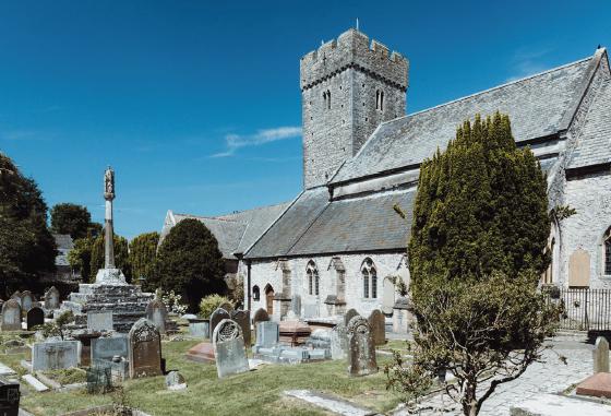 Llanilltud Fawr, mythique abbaye galloise