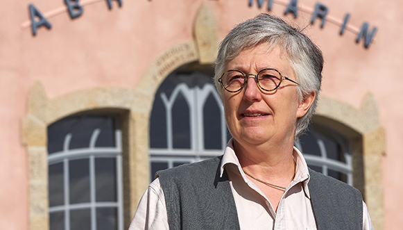 Anne Forrer – L'Almanach du Marin Breton et les Abris du Marin au microscope