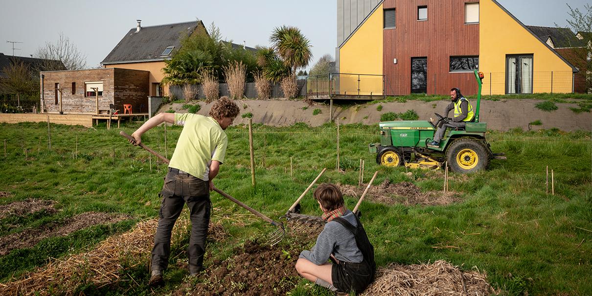 Ecohabitat, écovillages, les initiatives en Bretagne